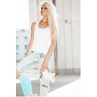 10 модных способов носить белую футболку